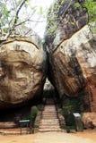 Entrata alla roccia di Sigiriya, Sri Lanka fotografia stock