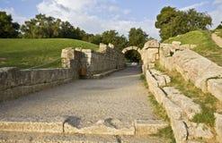Entrata allo stadio antico di Olympia in Grecia immagini stock libere da diritti