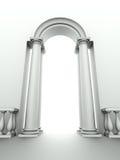 Entrata con l'arco, le colonne e la balaustra Fotografie Stock