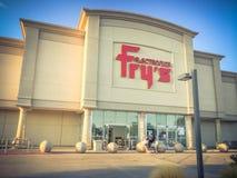 Entrata d'annata di tono della vendita al dettaglio di elettronica di Frys a Irving fotografia stock libera da diritti