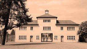 Entrata del campo di concentramento nazista Fotografia Stock Libera da Diritti
