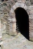 Entrata del castello di oscurità Fotografia Stock