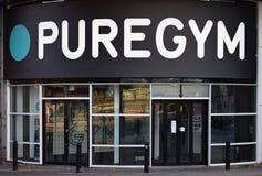 Entrata del club di forma fisica di PureGYM da Birmingham, Regno Unito Fotografie Stock