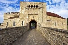 Entrata del portone di Leeds Castle, Risonanza, Regno Unito Immagine Stock