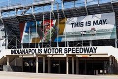 Entrata del portone due a Indianapolis Motor Speedway L'IMS prepara per il 103rd funzionamento del Indy 500 III fotografie stock libere da diritti