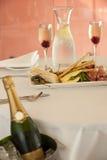 Entrata del ristorante con champagne Fotografia Stock Libera da Diritti