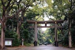 Entrata del santuario di Meiji a Tokyo Immagine Stock Libera da Diritti