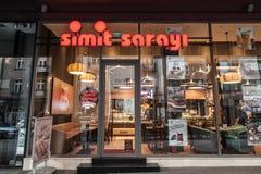 Entrata del Simit Sarayi di Belgrado Recentemente aperto in Serbia, Simit Sarayi è i più grandi alimenti a rapida preparazione, c Fotografia Stock Libera da Diritti