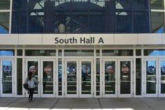 Entrata del sud di Corridoio A in Orlando Convention Center ad area internazionale dell'azionamento fotografia stock libera da diritti