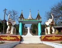 Entrata del tempiale della Birmania Fotografia Stock Libera da Diritti