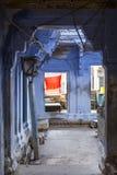 Entrata del tempio a Varanasi, India Fotografie Stock Libere da Diritti