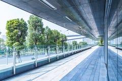 Entrata dell'edificio per uffici moderno immagine stock