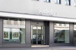 Entrata dell'ufficio di Sotheby a Zurigo Fotografia Stock Libera da Diritti