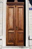 Entrata della Camera con il numero civico Croazia fotografie stock