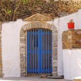 Entrata della Camera in un'isola mediterranea Fotografia Stock