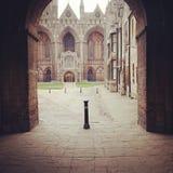 Entrata della cattedrale di Peterborough Fotografie Stock