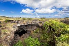 Entrata della caverna nell'isola di pasqua Fotografia Stock Libera da Diritti
