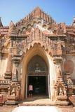 Entrata della pagoda in Bagan fotografie stock libere da diritti