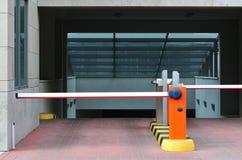 Entrata di parcheggio Fotografie Stock Libere da Diritti