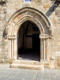 Entrata di pietra medievale dell'arco Fotografia Stock