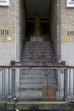 Entrata di precedente casa di Anna Frank a Merwedeplein Fotografie Stock Libere da Diritti