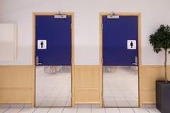 Entrata di toilette Fotografia Stock Libera da Diritti