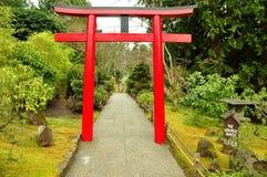 Entrata giapponese del giardino immagine stock