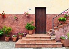 Entrata mediterranea della casa di stile Fotografie Stock