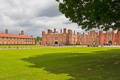 Entrata principale al palazzo del Hampton Court Immagine Stock