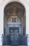 Entrata principale Cancello santo All'entrata alla cattedrale di San Nicola Kronshtadt St Petersburg Federazione Russa fotografie stock libere da diritti