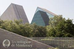 Entrata principale del gico y de Estudios Superiores di Monterrey a Monterrey, Nuevo Leon, Messico del ³ di Instituto Tecnolà Fotografia Stock Libera da Diritti