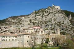 Entravaux, средневековый городок в Франции Стоковые Изображения RF