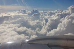 Entre as nuvens e o céu… Fotografia de Stock Royalty Free