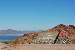 Entrée à la région de récréation nationale d'hydromel de lac Photographie stock libre de droits
