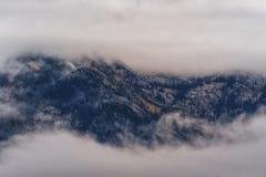 Entre les nuages Photographie stock libre de droits