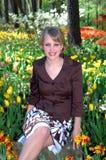 Entre los tulipanes Imágenes de archivo libres de regalías