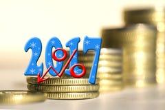 2017 entre moedas das barras Fotografia de Stock Royalty Free