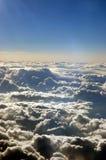 Entre nuvens imagens de stock