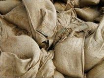 Entre os sacos de areia Imagem de Stock