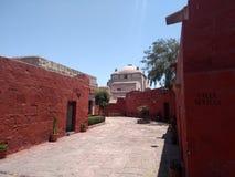 Entre Sevilla y Granada-Monasterio de Papá Noel Catalina-Arequipa-Perú imagen de archivo