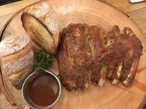 Entrecostos de porco da carne de porco imagem de stock