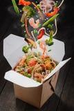 Entrega asiática de la comida Fotos de archivo libres de regalías
