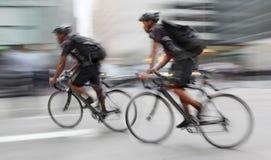 A entrega com ecológico alternativo limpa o transporte Imagens de Stock Royalty Free