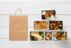 Entrega saudável do alimento, refeições diárias vista superior, espaço da cópia fotografia de stock royalty free