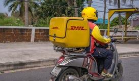 Entrega Tailândia da motocicleta de DHL Fotos de Stock