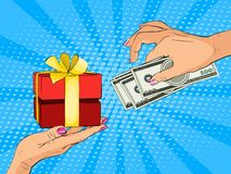Entregue a doação da cédula dos dólares e do presente atual pelo contrário no estilo do pop art Imagem de Stock