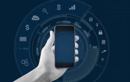 Entregue guardar o telefone esperto móvel, e o fundo dos ícones da aplicação Imagem de Stock
