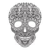Entregue a ilustração tirada do crânio humano no estilo ornamentado do zentangle Fotografia de Stock