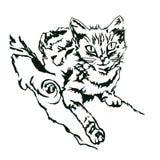 Entregue o gato tirado que encontra-se em uma árvore, imagem monocromática Ilustração do vetor Imagem de Stock Royalty Free