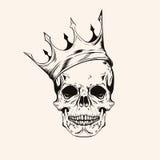 Entregue o scull tirado do esboço com linha arte da tatuagem da coroa Vect do vintage Fotografia de Stock Royalty Free